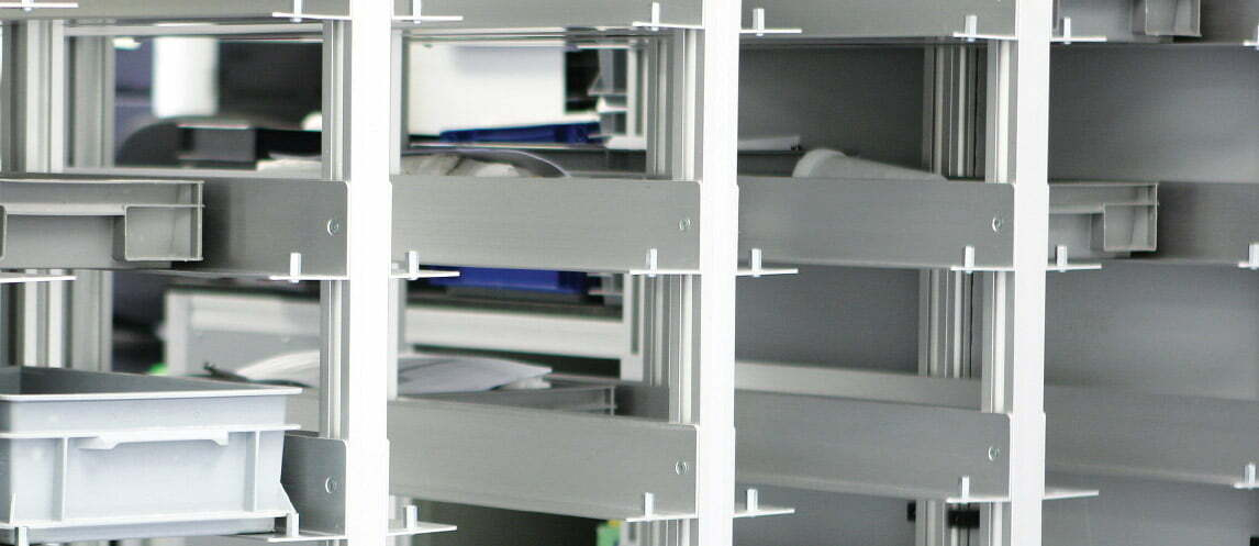 Storage systems using anodized aluminium angles